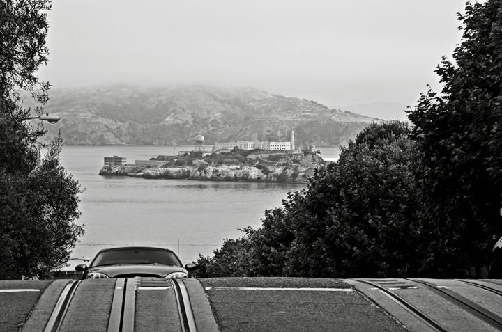Alcatraz Island From Hyde Street - RicardMN Photography