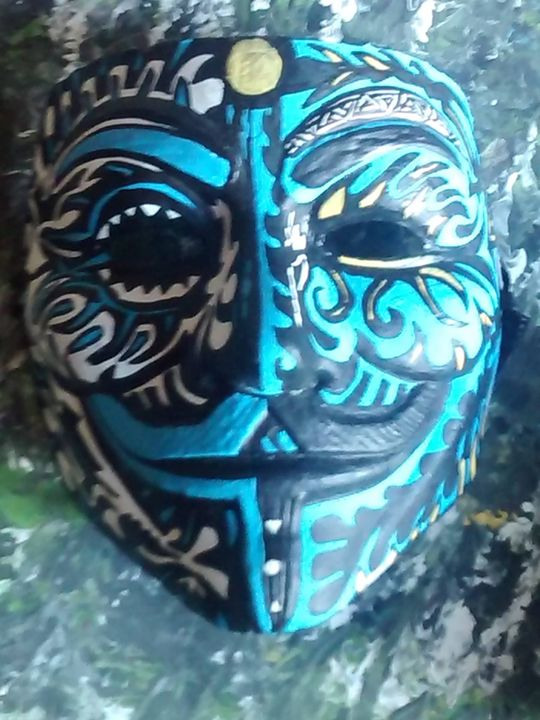 hand painted mask custom - Andre Gaulin