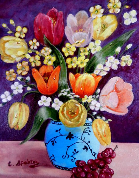 Tulips in vase - Esther Spektor