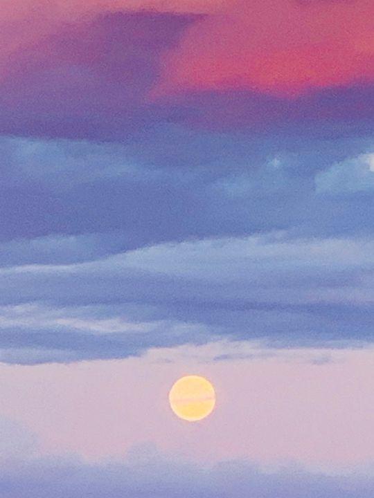 Alaskan summer sky - Be gr8 recre8