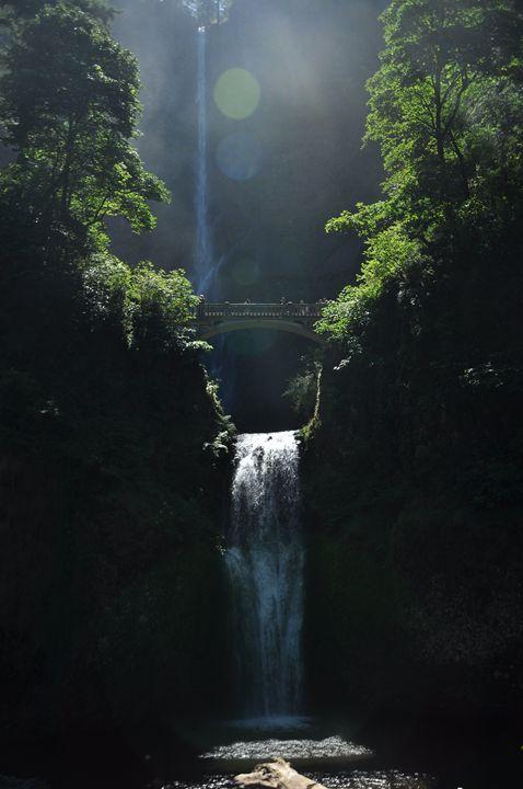 Multnomah Falls - Shirleypix Art & Photography