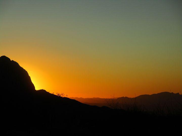 Sunset 2020 - HEALING ART ROXANNE GIBSON