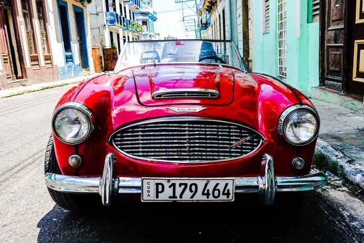 Habana Old School - Ashley Noelle