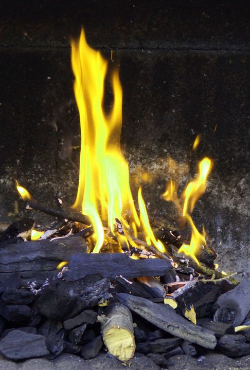 YELLOW FLAMES - Karine P