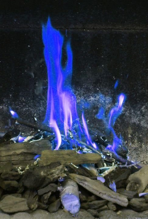 BLUE FLAMES - Karine P