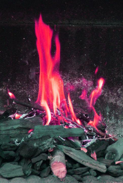 RED FLAMES - Karine P