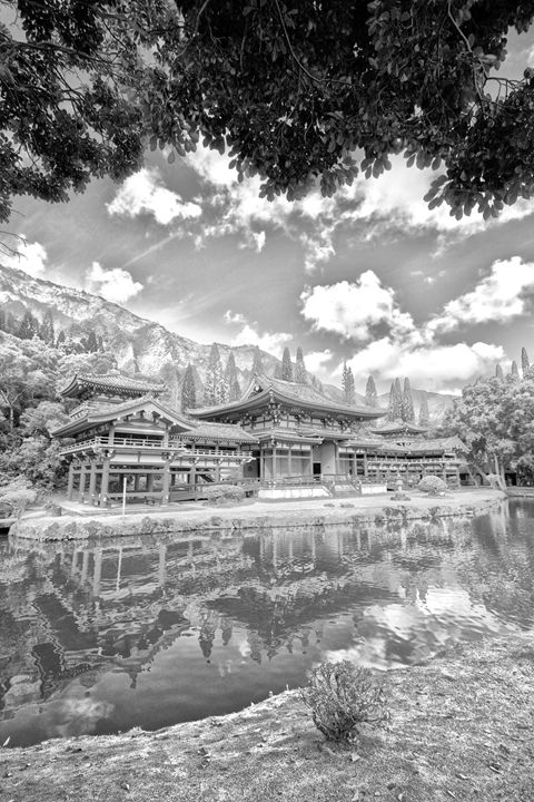 Valley of the Temples (Byodo-In) - Flat Owl Photography