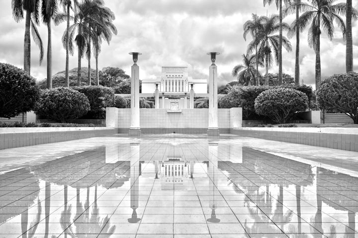 Laie Hawaii Temple (Mormon) - Flat Owl Photography