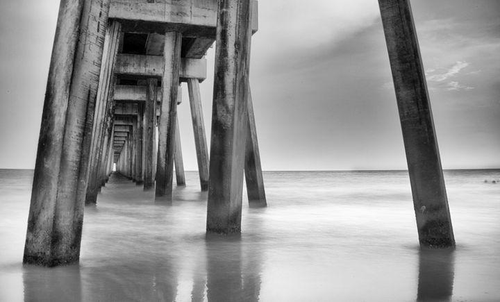 city pier - bluzARTphotography