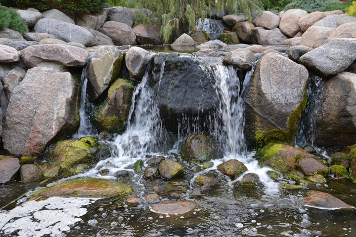 Rocky waterfall - Michelle Stern Photography