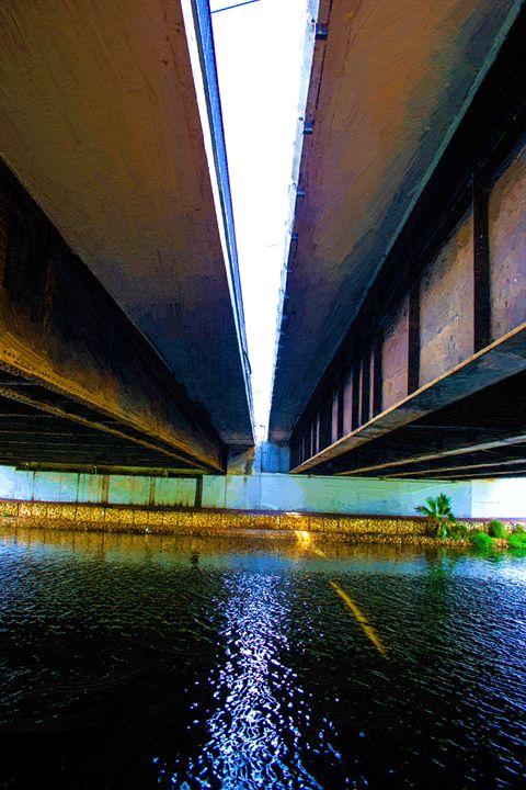 Under the bridge - slavamalai