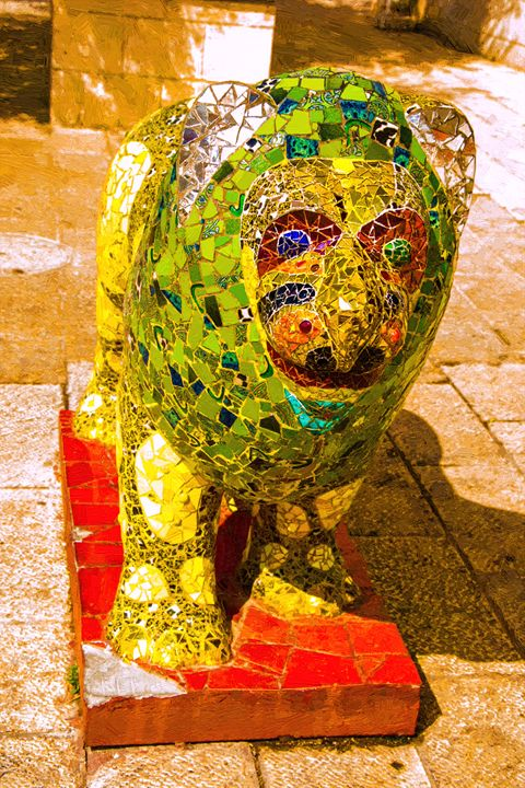 Statue of lion - slavamalai