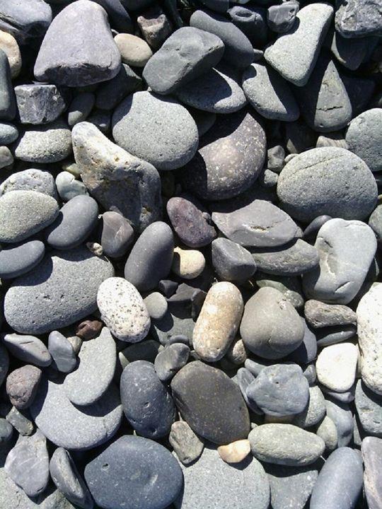 Rocks at Random - Art by Miksharac