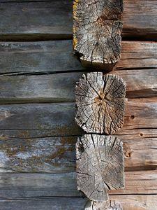 Log Wall 2