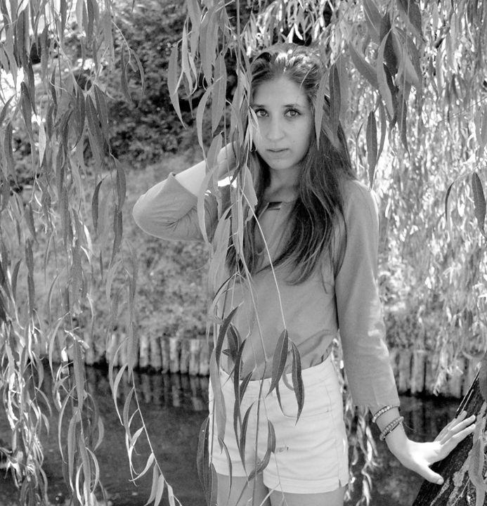 Dressed In Trees (pt.2) - Davidecu