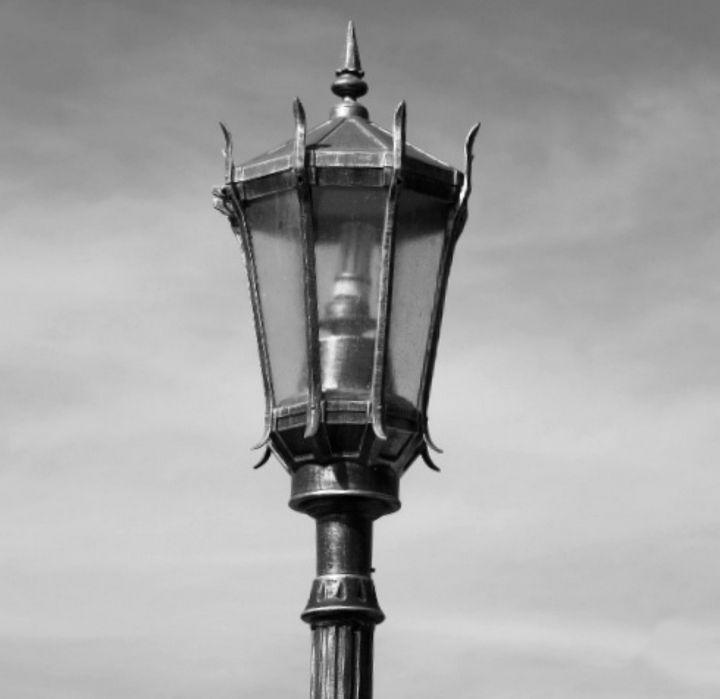 Gas Street Light - JZL Studio