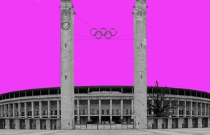 Olympia Stadion in Pink