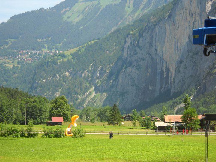 Hang Glider in Switzerland - Emma Haigh-Hutchinson