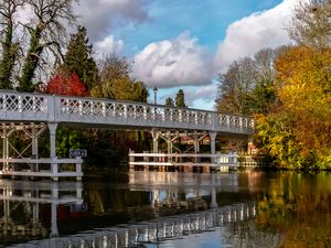 Autumn Colours At Whitchurch Bridge