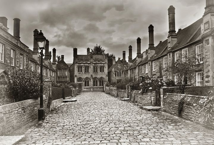Vicars Close In The City Of Wells - Ian W Lewis