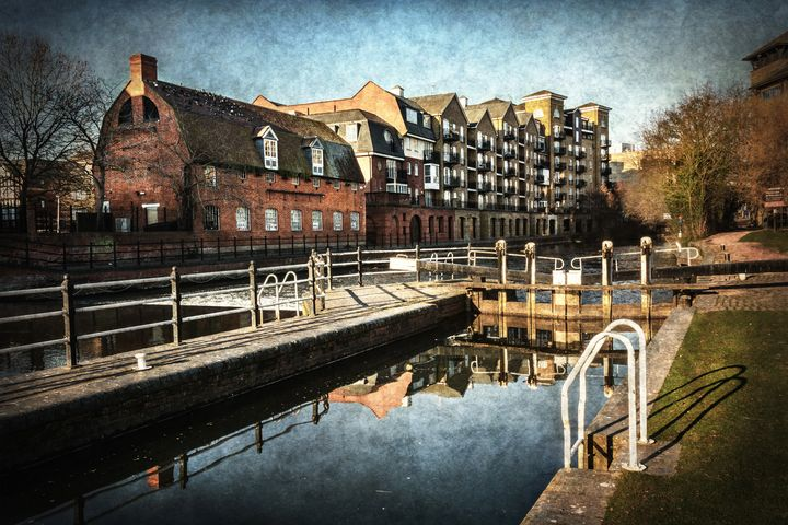County Lock and Old Brewery Reading - Ian W Lewis