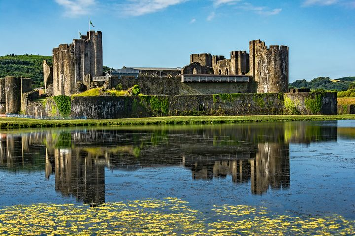 The Towers Of Caerphilly Castle - Ian W Lewis