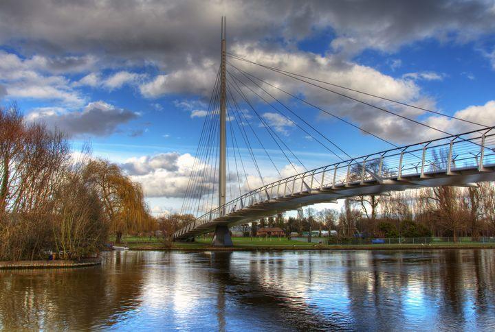 Christchurch Footbridge Reading - Ian W Lewis