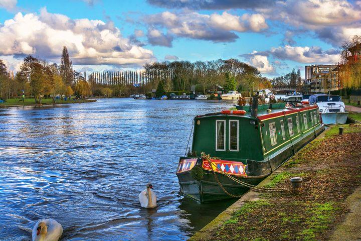 Narrowboat Moored At Reading Riversi - Ian W Lewis