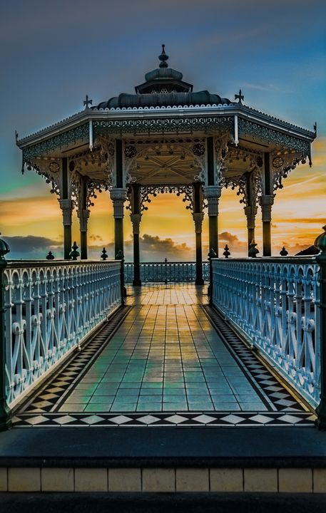 The Victorian Bandstand at Brighton - Ian W Lewis