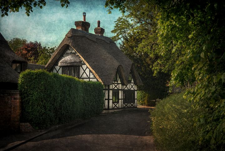 A Berkshire Half Timbered Cottage - Ian W Lewis