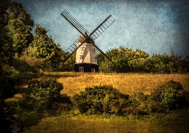 Cobstone Windmill Above Turville - Ian W Lewis