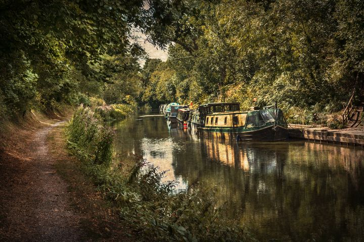 The Kennet and Avon at Pewsey - Ian W Lewis