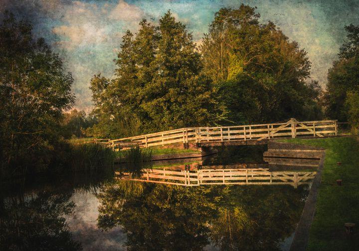 The Swing Bridge At Sulhamstead - Ian W Lewis