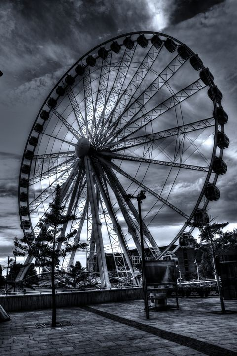 Big Wheel Monochrome - JT54Photography