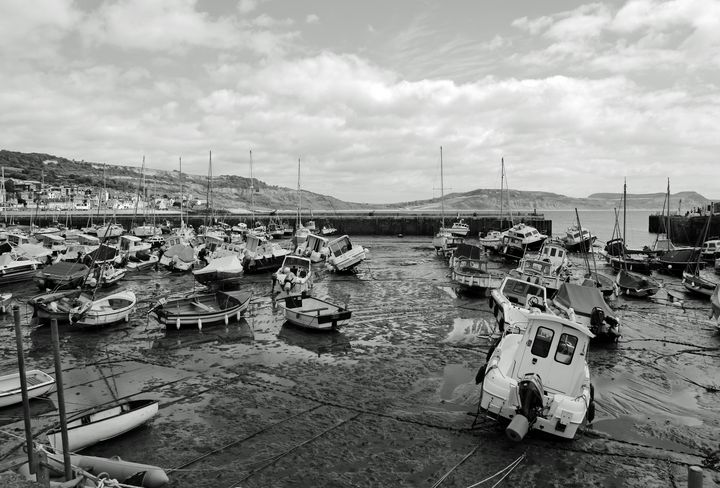 Lyme Regis Harbour Monochrome - JT54Photography
