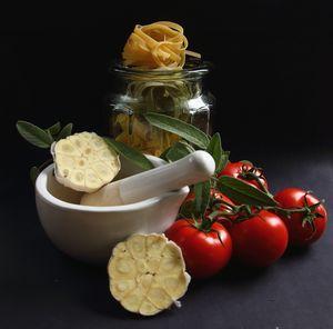 Tomato Garlic Pasta and Herb