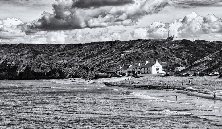 The Ship Inn Saltburn Monochrome - JT54Photography