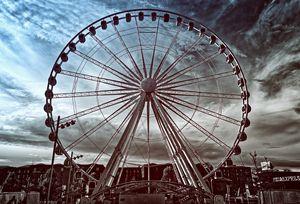 Big Wheel Tinted Monochrome