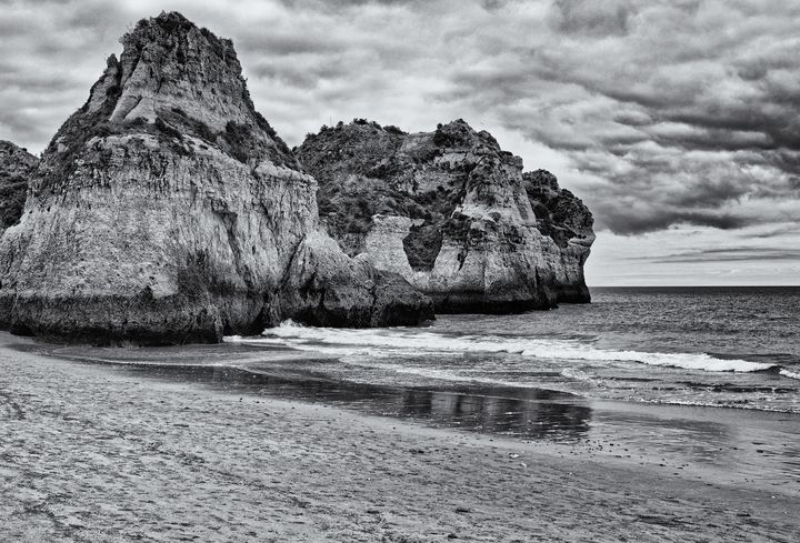 Lonely Beach Monochrome - JT54Photography