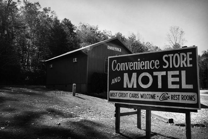 A Nice Little Motel in the Country - Kelly Hazel