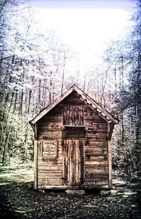 Corn Crib Cabin - Kelly Hazel