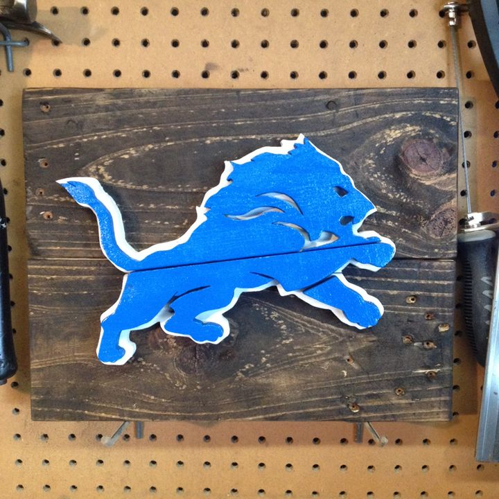 Detroit Lions Rustic Wood Sign - ABS Sports Art & ABS Wood Works