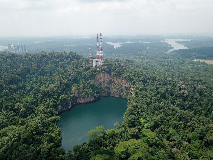 Hindhede Quarry at Bukit Timah - CaptainMavicPro