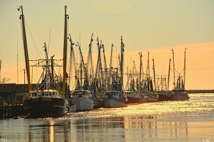 Shrimp Boats Darien Georgia Waterfro - Lisa Wooten Photography