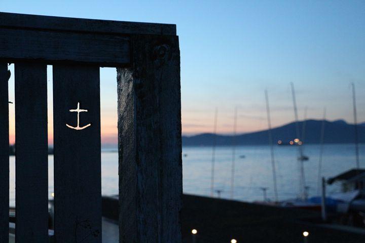 Sundown - Iona