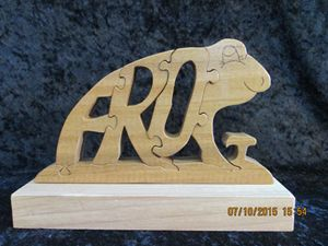 Wordimal Wooden Frog Puzzle