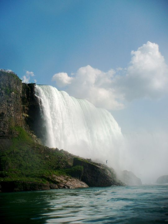 Maid of the Mist - Snapshots of a Life