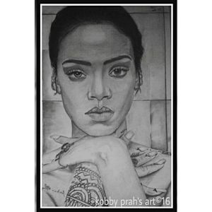 pencil portrait of rihanna