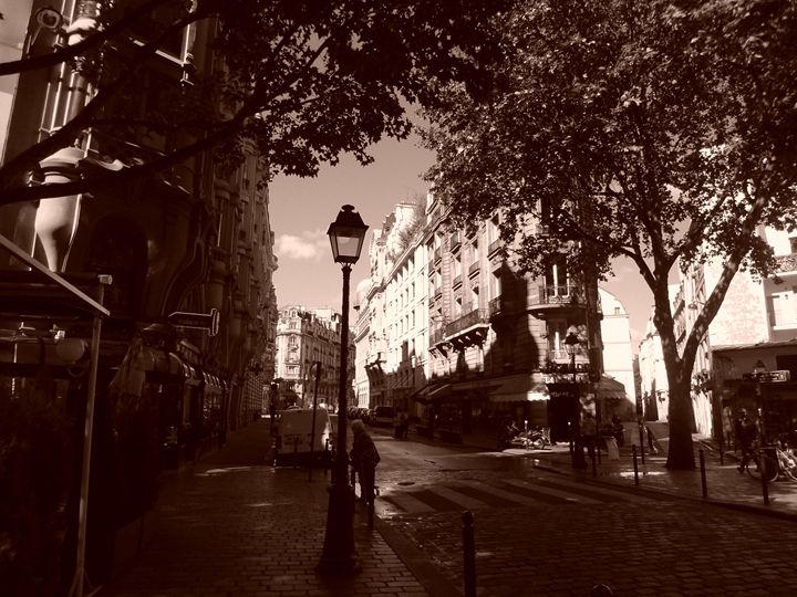 Paris - Michelle Benedett
