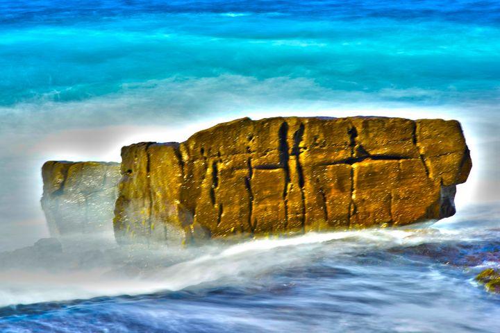 GOLDEN ROCK - Tezza's fine art photography